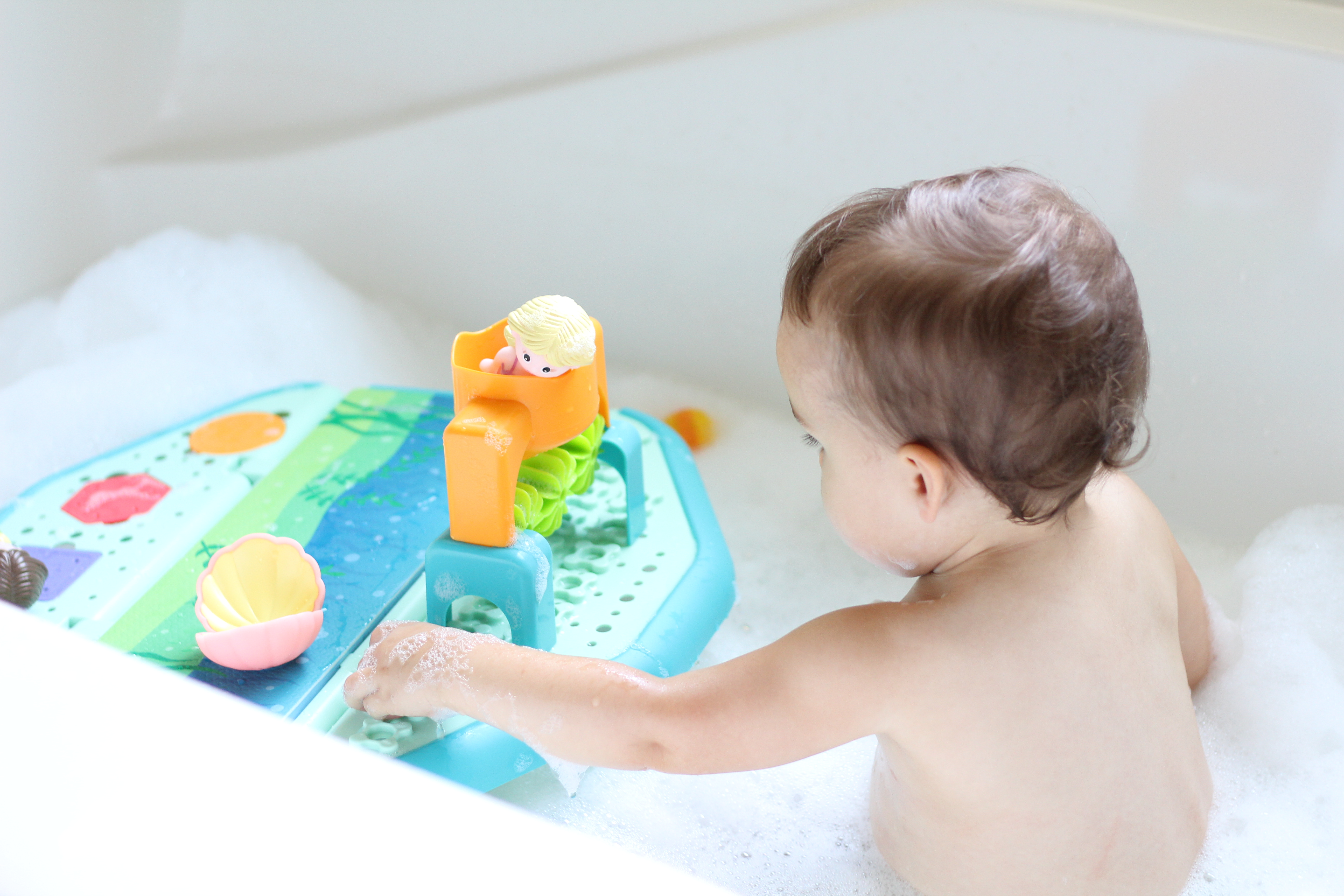 2 Toddler Bath Time Must Haves