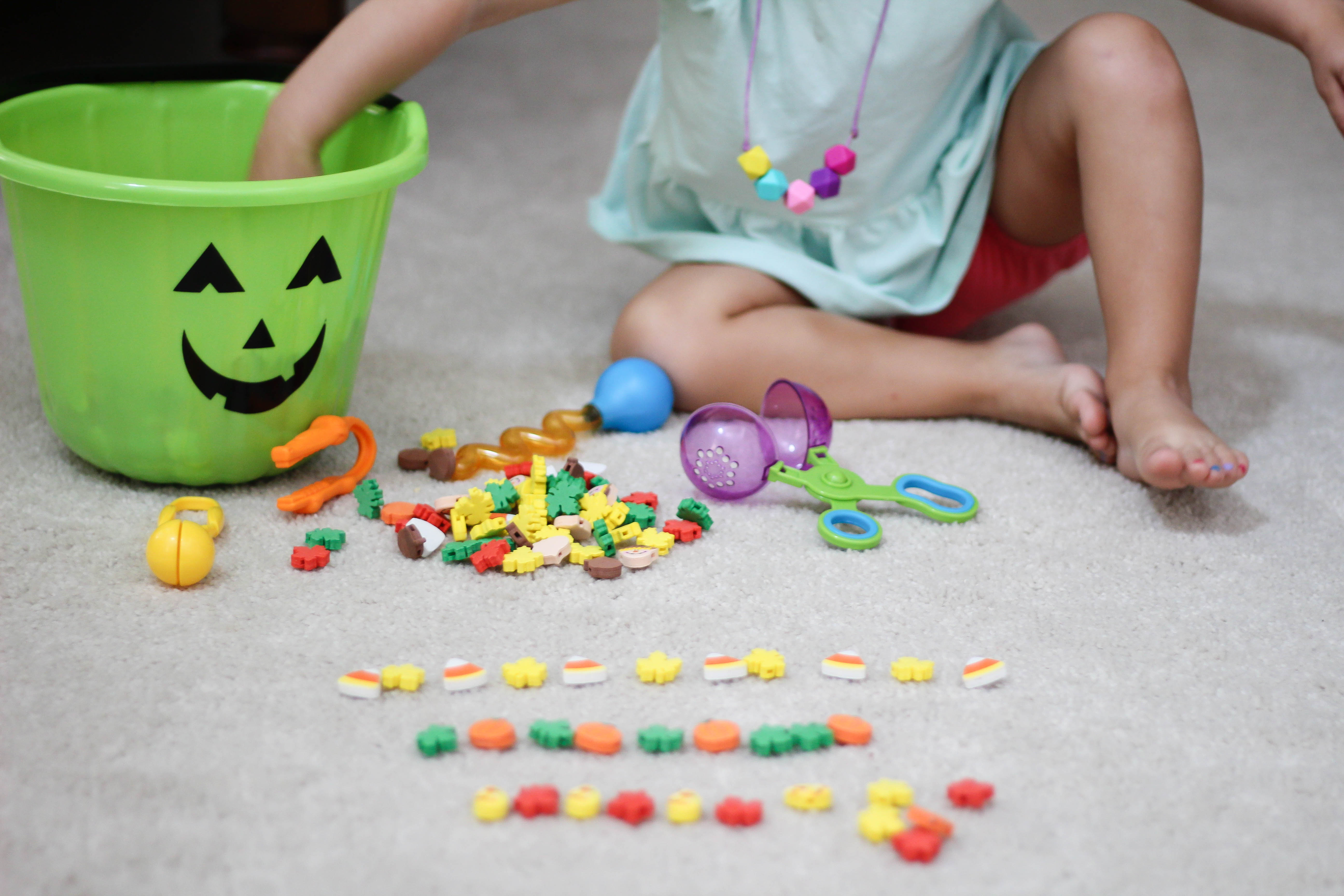 Teach Tuesday – Fall Fine Motor